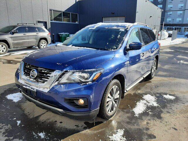 2017 Nissan Pathfinder SV TECH | AWD | HTD SEATS | AUTO | *GREAT DEAL* Calgary AB