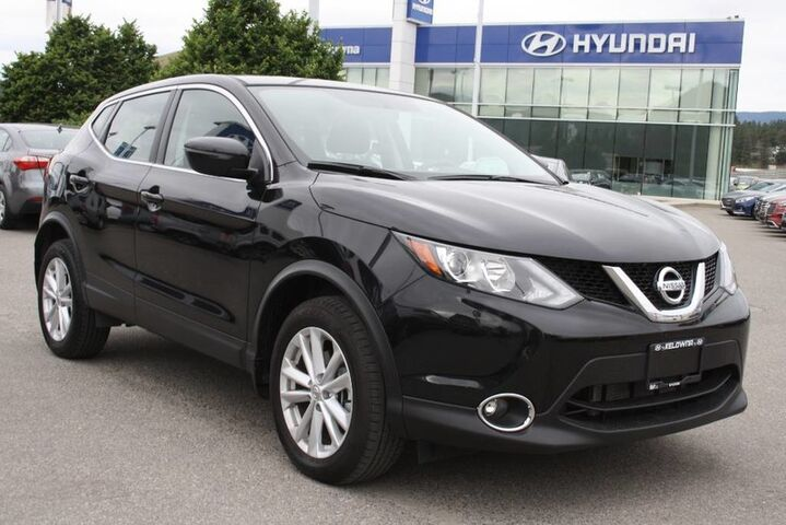 2017 Nissan Qashqai SV No accident, One owner Penticton BC