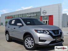 2017_Nissan_Rogue_S_