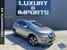 2017_Nissan_Rogue_SL_ Leavenworth KS