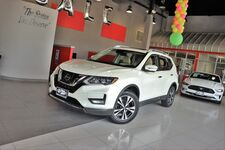 2017 Nissan Rogue SL Premium Package Panoramic Roof 1 Owner