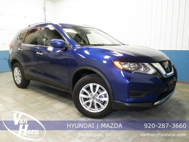 2017 Nissan Rogue SV Plymouth WI