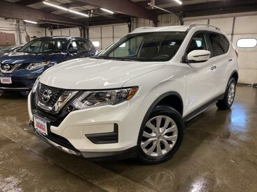 2017_Nissan_Rogue_SV_ Worcester MA