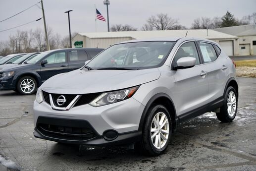 2017 Nissan Rogue Sport S Fort Wayne Auburn and Kendallville IN