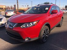 2017_Nissan_Rogue Sport_SL_ Fort Wayne Auburn and Kendallville IN