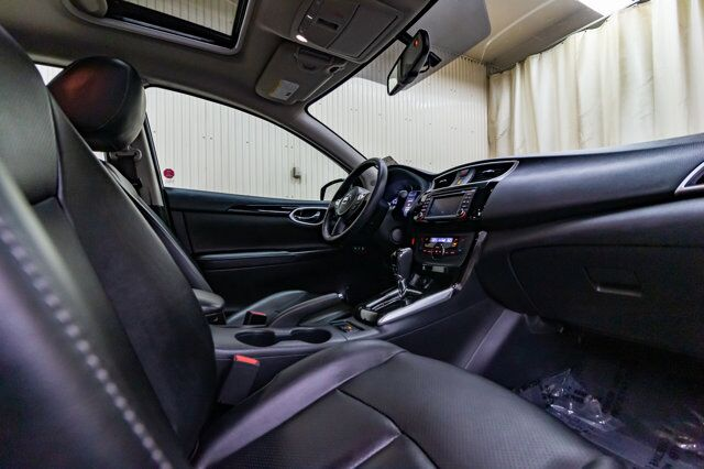 2017 Nissan Sentra SL Leather Roof Nav BCam Red Deer AB