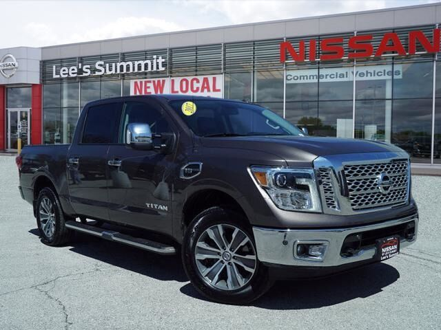2017 Nissan Titan SL Lee's Summit MO