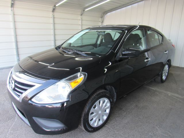 2017 Nissan Versa 1.6 SV Sedan Dallas TX