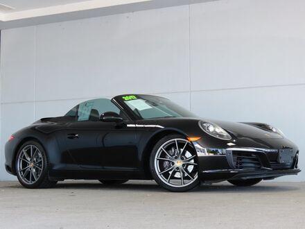 2017_Porsche_911__ Merriam KS