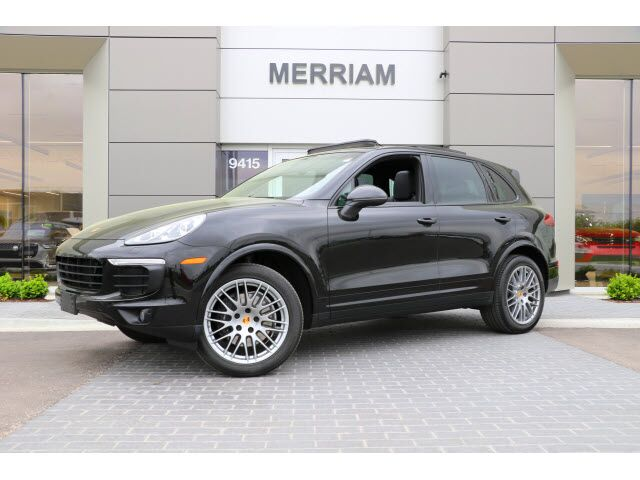 2017 Porsche Cayenne  Merriam KS