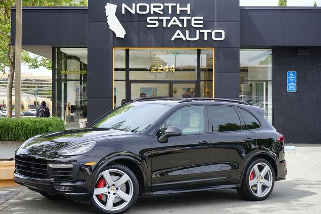 2017_Porsche_Cayenne_GTS_ Walnut Creek CA