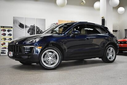 2017_Porsche_Macan__ Boston MA