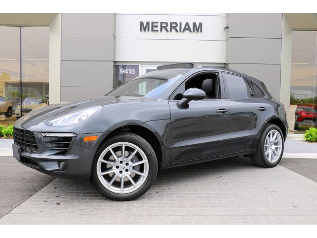 2017 Porsche Macan  Merriam KS