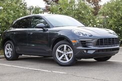 2017_Porsche_Macan_Base_ California