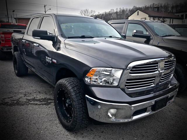 2017_RAM_1500 CREW CAB 4X4_Big Horn_ Bridgeport WV