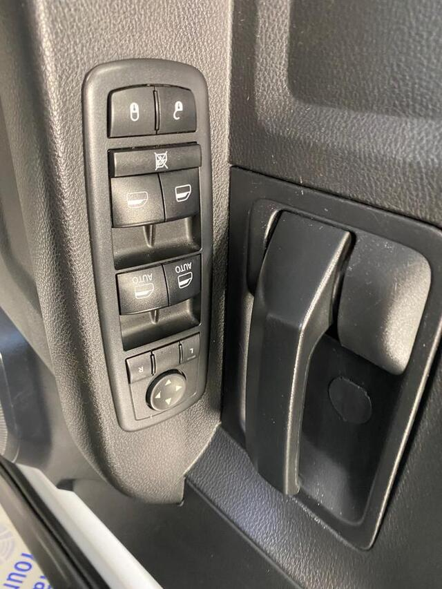 2017 RAM 2500 CREW CAB 4X4 TRADESMAN Bridgeport WV