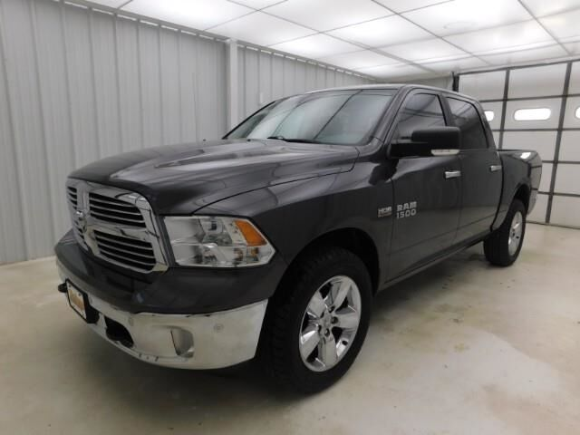2017 Ram 1500 Lone Star 4x4 Crew Cab 5'7 Box Manhattan KS