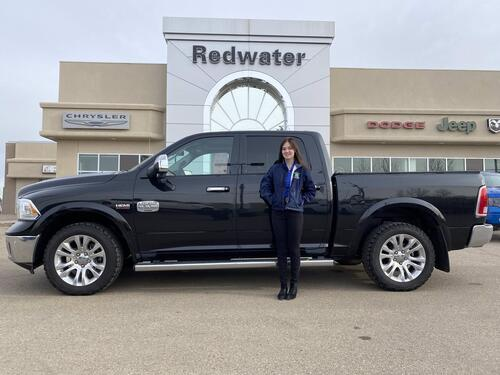 2017_Ram_1500_Longhorn - Crew 4X4 - Sunroof - Hemi w/ 8 Speed Trans - 3.92 Gear Ratio - One Owner - Clean Truck_ Redwater AB