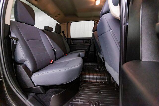 2017 Ram 3500 4x4 Crew Cab SXT Dually Diesel Red Deer AB