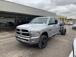 2017_Ram_3500 Chassis Cab_Tradesman_ Cleveland OH