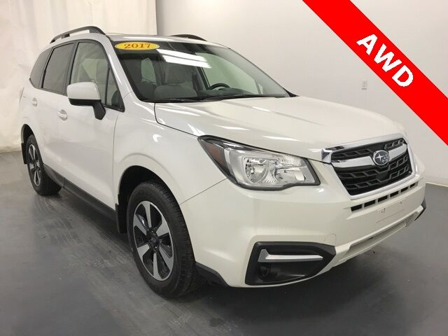 Vehicle details - 2017 Subaru Forester at Mall of Crown ...