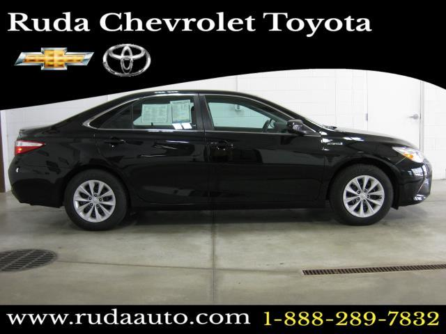2017 TOYOTA CAMRY HYBRID LE Monroe WI