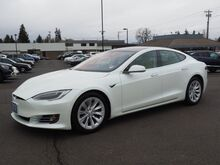 2017_Tesla_Model S_75D_ Salem OR