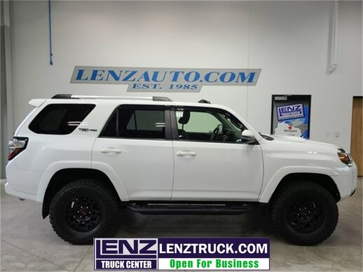 2017_Toyota_4Runner_4WD TRD Pro_ Fond du Lac WI