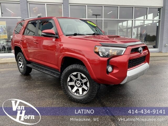 2017 Toyota 4Runner Limited Plymouth WI