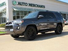 2017_Toyota_4Runner_SR5 2WD  LEATHER SEATS, NAVIGATION, BACKUP CAMERA, HEATED FRONT SEATS, BLUETOOTH CONNECTIVITY_ Plano TX