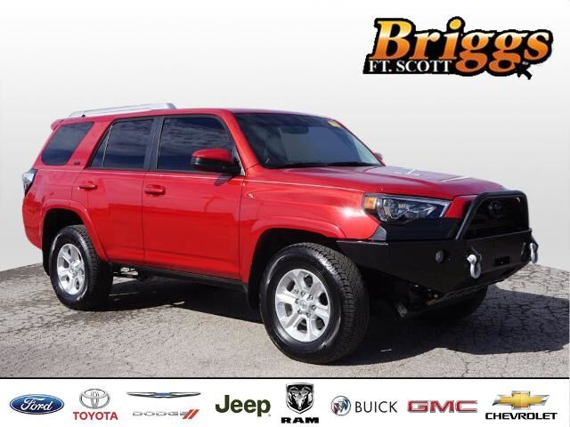 2017 Toyota 4Runner SR5 4WD Fort Scott KS