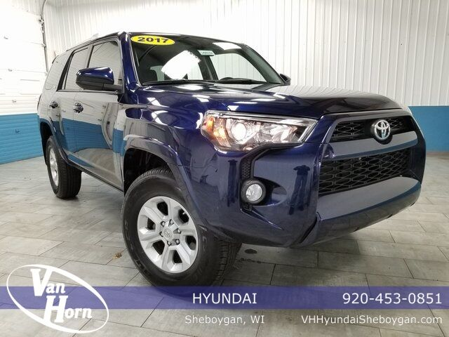 2017 Toyota 4Runner SR5 Plymouth WI