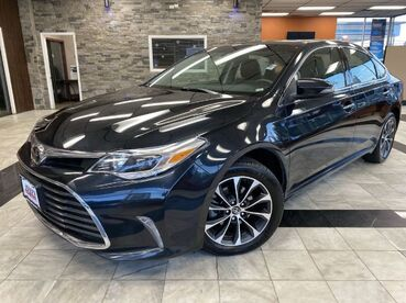 2017_Toyota_Avalon_XLE Premium_ Worcester MA
