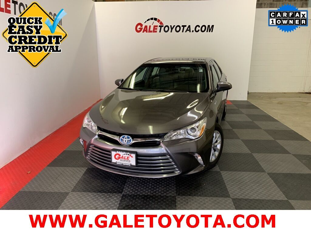 2017 Toyota Camry Hybrid LE Enfield CT