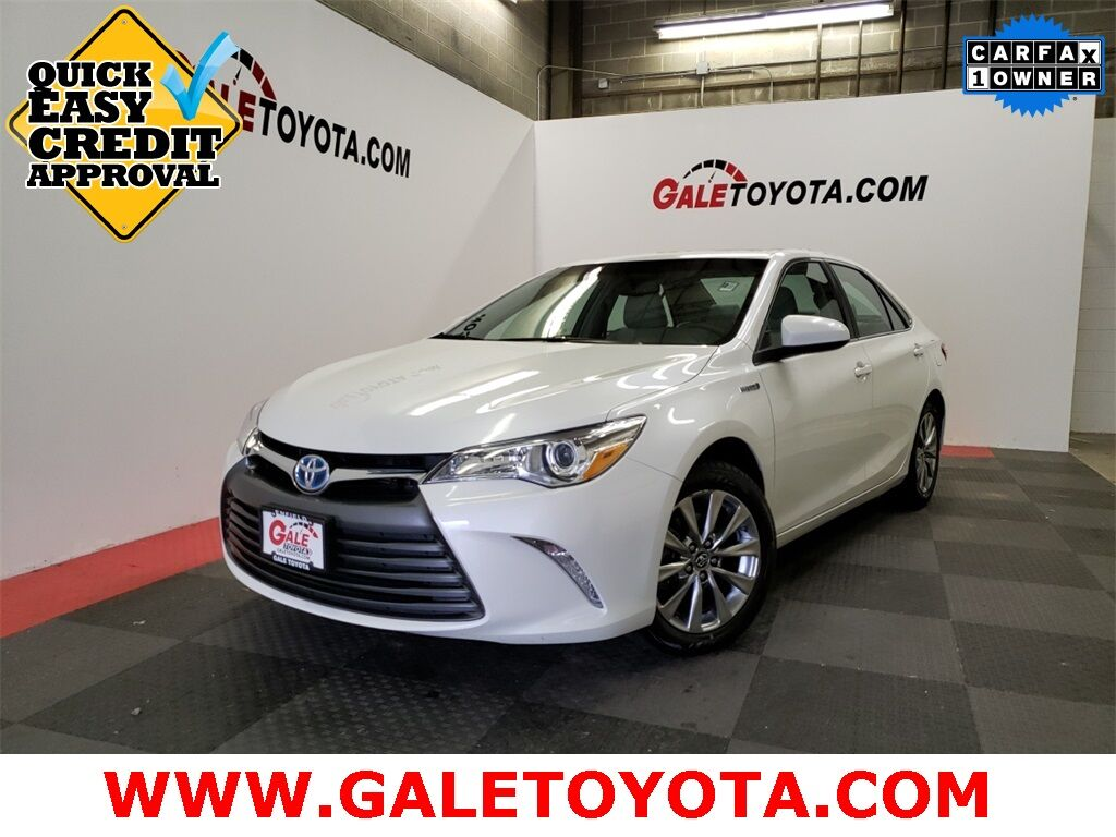 2017 Toyota Camry Hybrid XLE Enfield CT