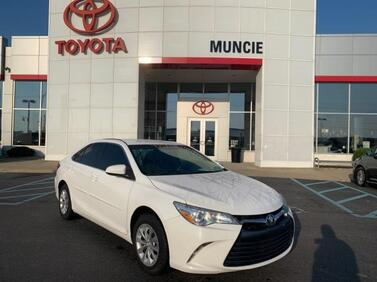 2017 Toyota Camry LE Auto Muncie IN