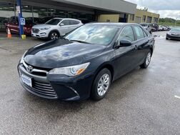 2017_Toyota_Camry_LE_ Cleveland OH