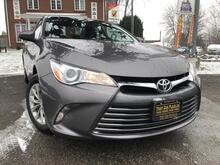2017_Toyota_Camry_SE-$61wk-Backup-Bluetooth-Handsfree-Cruise-LowKM_ London ON