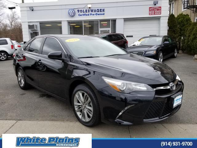 2017 Toyota Camry SE Automatic (Natl) White Plains NY