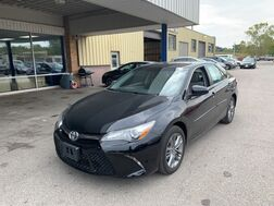 2017_Toyota_Camry_SE_ Cleveland OH