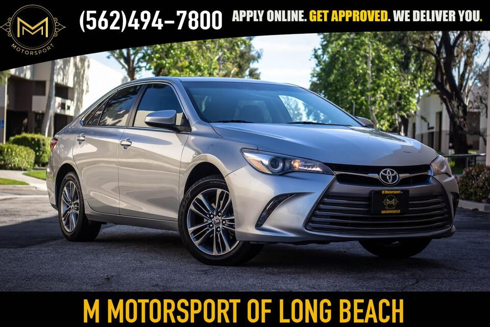 2017_Toyota_Camry_SE Sedan 4D_ Long Beach CA