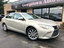 2017_Toyota_Camry_XLE_ Georgetown KY