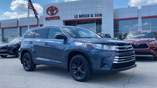 2017 Toyota Highlander LE Green Bay WI