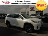 Toyota Highlander LE Model Year Closeout! 2017