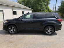 2017_Toyota_Highlander_LE Plus_ Glenwood IA