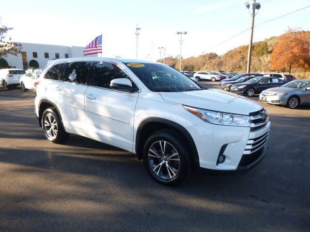 2017 Toyota Highlander LE Plus Memphis TN