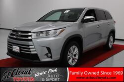 2017_Toyota_Highlander_LE Plus_ St. Cloud MN