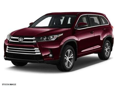2017_Toyota_Highlander_LE Plus_ Burnsville MN