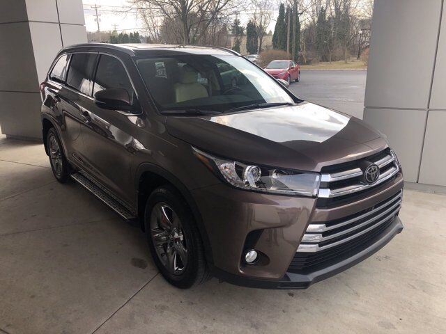 2017 Toyota Highlander LIMITED PLATINU State College PA