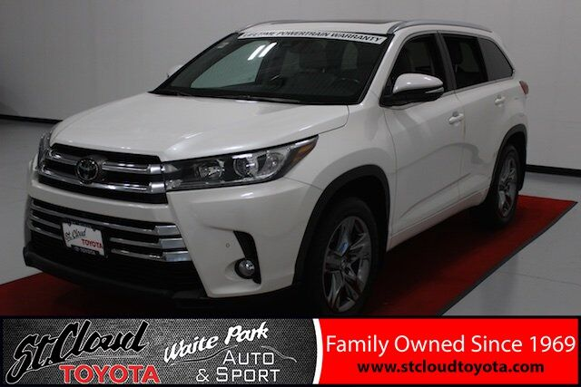 2017 Toyota Highlander Limited Waite Park MN